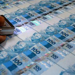 BdF Explica: por que o salário mínimo está valendo tão pouco?