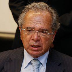 Guedes diz que só aumenta auxílio emergencial após privatizações